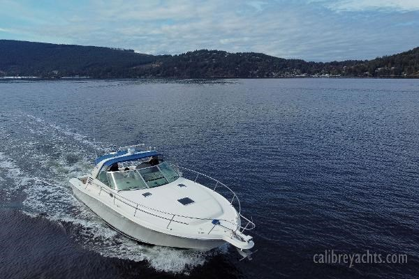 1998 Sea Ray Express Cruiser Photo 25 sur 71