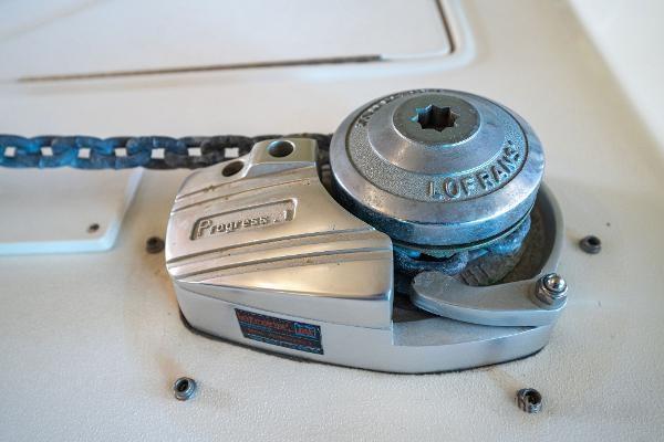 1998 Sea Ray Express Cruiser Photo 65 sur 71