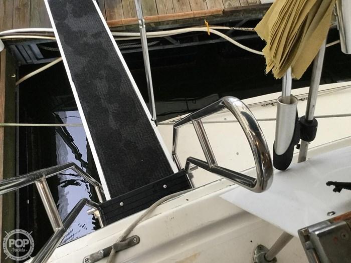 1976 Pacemaker Flush Deck Motor Yacht Photo 18 sur 20