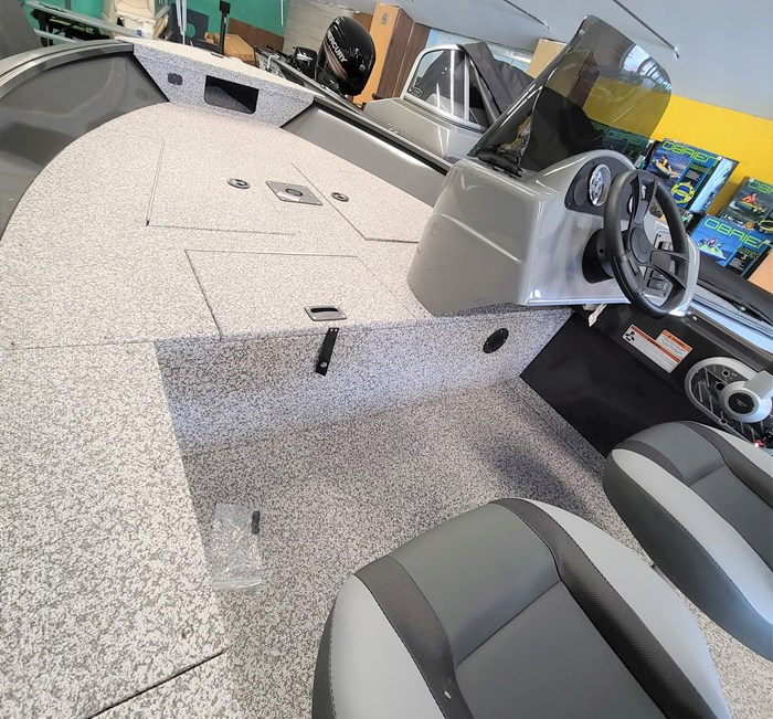 2021 MirroCraft Boat, Mercury 40HP Motor&Trailer (Pkg) Outfitter Side Console 165SC-O - 20T - White Photo 6 of 22