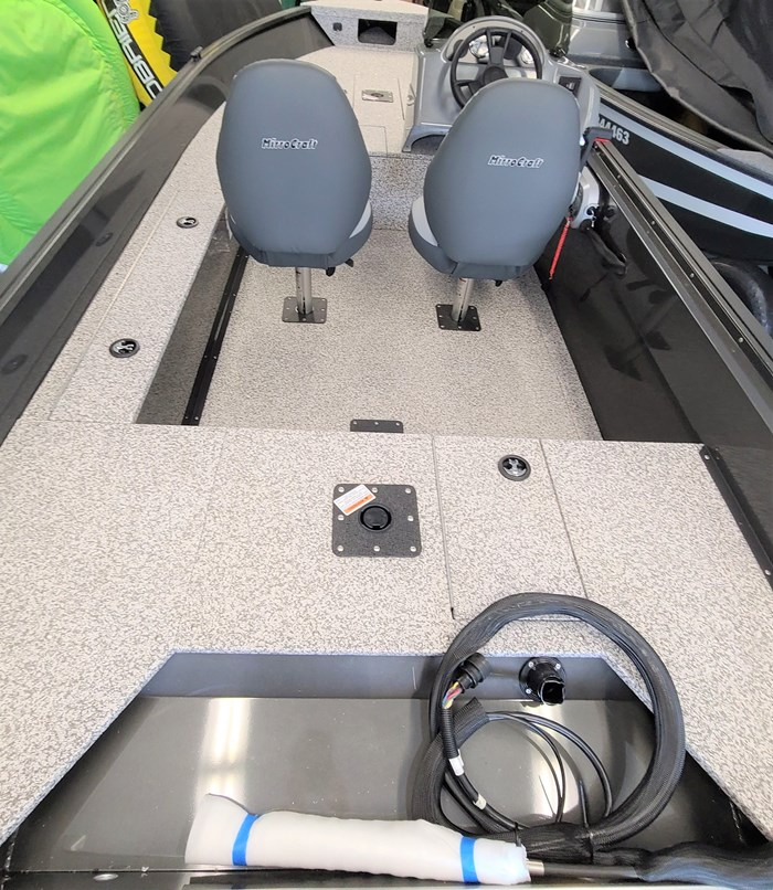 2021 MirroCraft Boat, Mercury 40HP Motor&Trailer (Pkg) Outfitter Side Console 165SC-O - 20T - White Photo 12 of 22