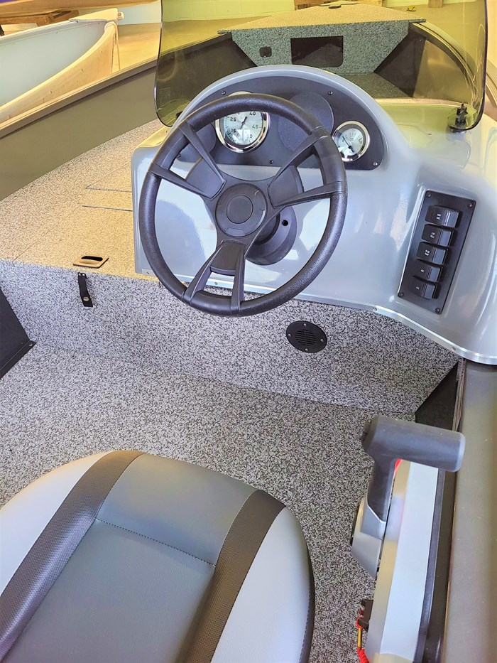 2021 MirroCraft Boat  Mercury Motor (Package) Outfitter Side Console 145SC-O - 20T - Blue Photo 8 of 21
