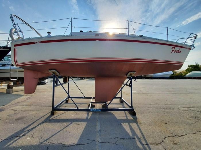 1986 CS Yachts 30 Photo 2 of 43