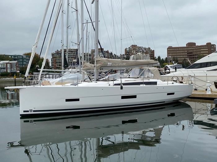2020 Dufour Yachts 430 Grand Large Photo 2 sur 23