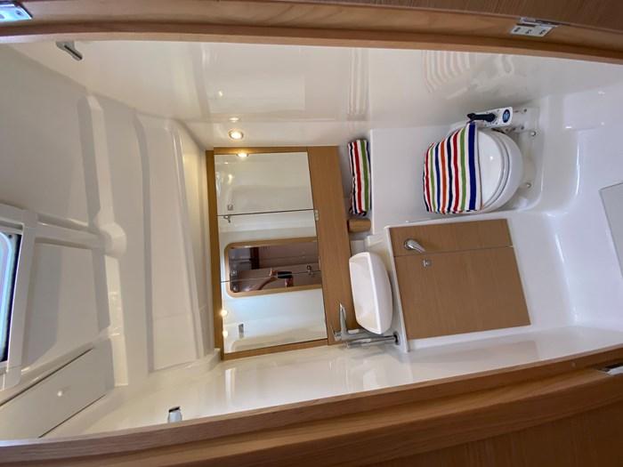 2020 Dufour Yachts 430 Grand Large Photo 14 sur 23