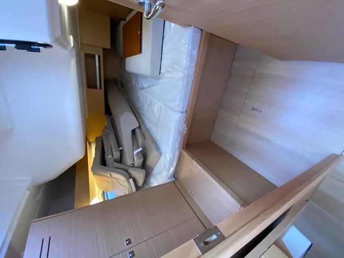 2020 Dufour Yachts 430 Grand Large Photo 19 sur 23