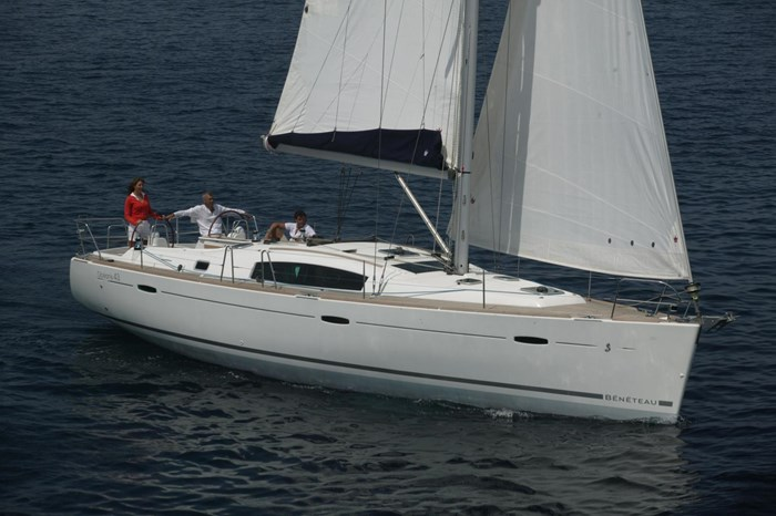 2008 Beneteau Photo 2 sur 39