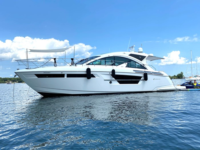 2017 Cruisers Yachts 54 Cantius Photo 6 of 73