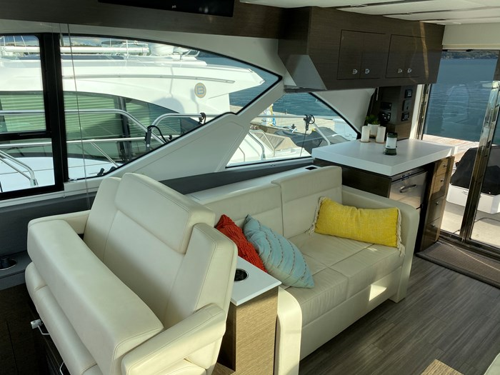 2017 Cruisers Yachts 54 Cantius Photo 35 of 73