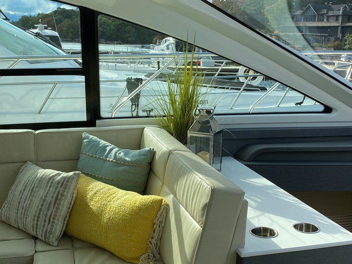 2017 Cruisers Yachts 54 Cantius Photo 45 of 73