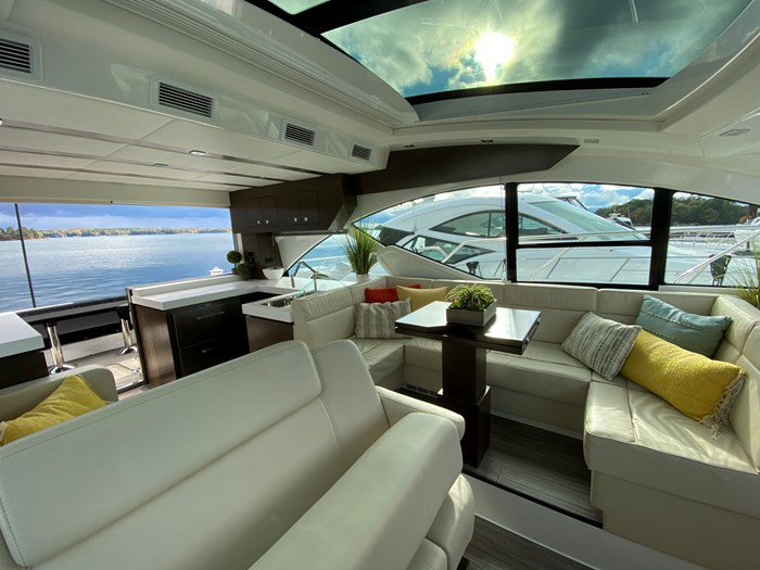 2017 Cruisers Yachts 54 Cantius Photo 46 of 73