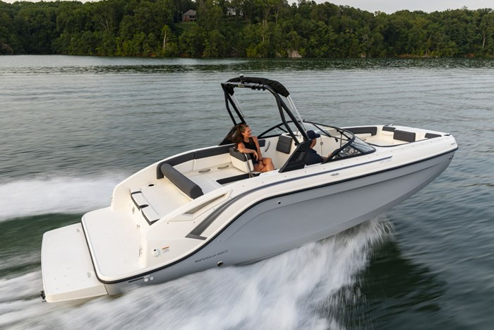 2021 Bayliner DX2250 Photo 1 sur 17