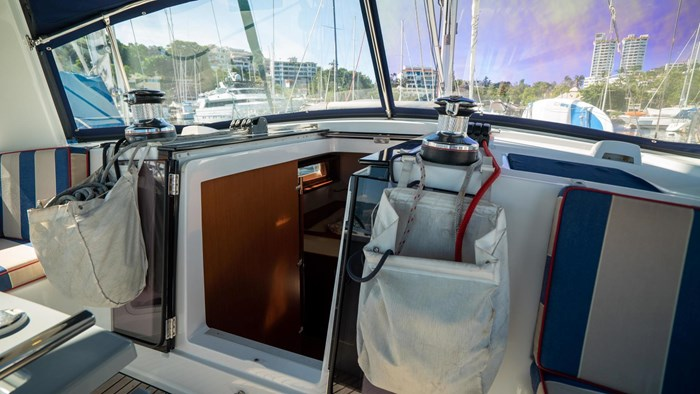 2013 Beneteau Oceanis Photo 7 sur 94