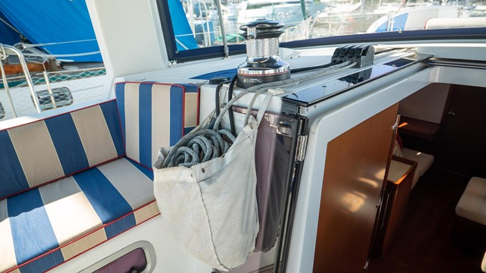 2013 Beneteau Oceanis Photo 22 sur 94