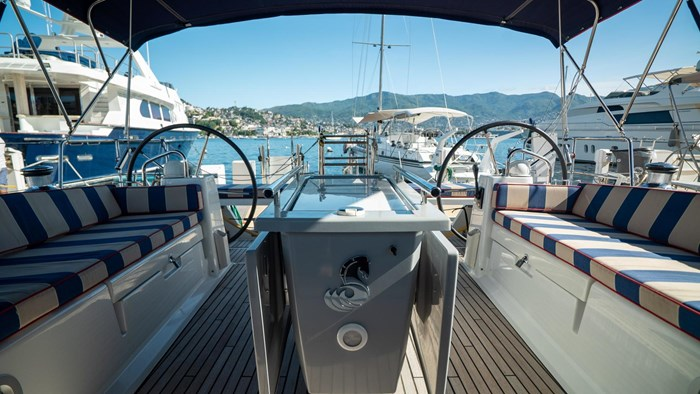 2013 Beneteau Oceanis Photo 30 sur 94