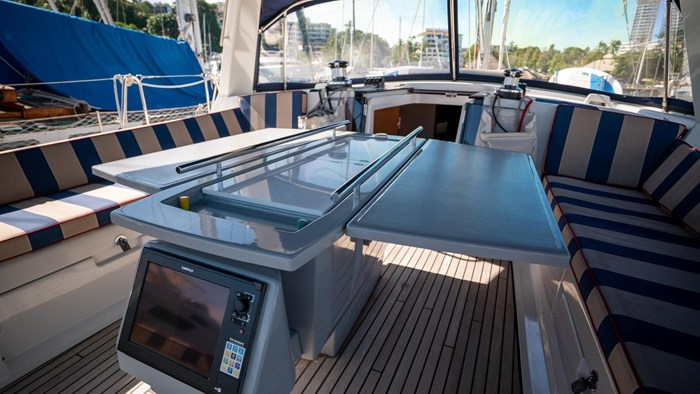 2013 Beneteau Oceanis Photo 32 sur 94