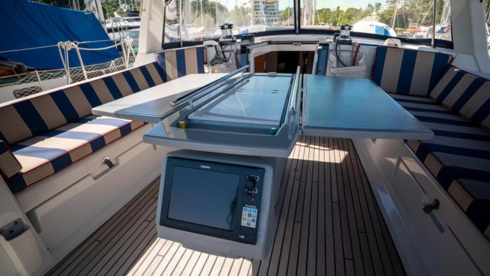 2013 Beneteau Oceanis Photo 33 sur 94