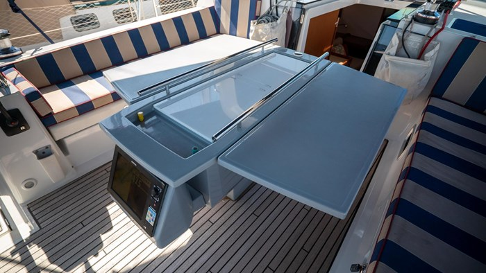 2013 Beneteau Oceanis Photo 34 sur 94