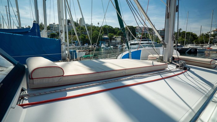 2013 Beneteau Oceanis Photo 37 sur 94