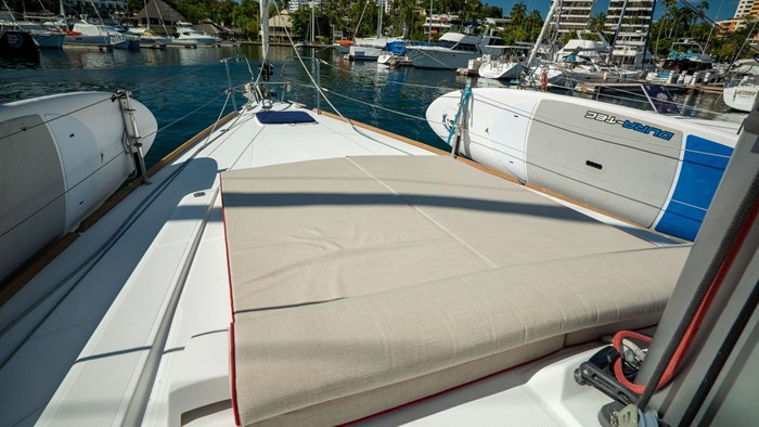 2013 Beneteau Oceanis Photo 46 sur 94