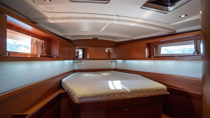 2013 Beneteau Oceanis Photo 51 sur 94
