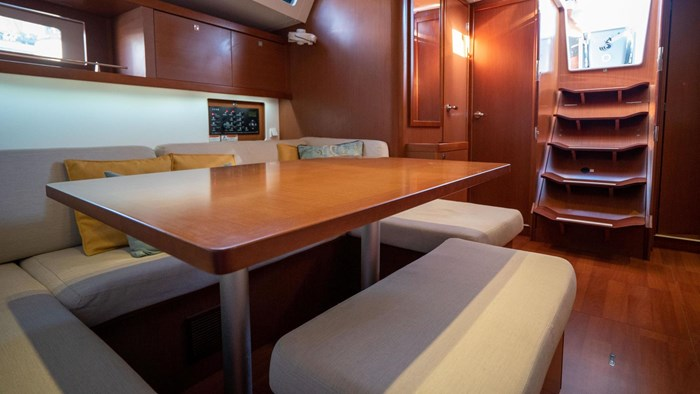2013 Beneteau Oceanis Photo 62 sur 94