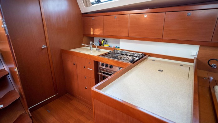 2013 Beneteau Oceanis Photo 72 sur 94
