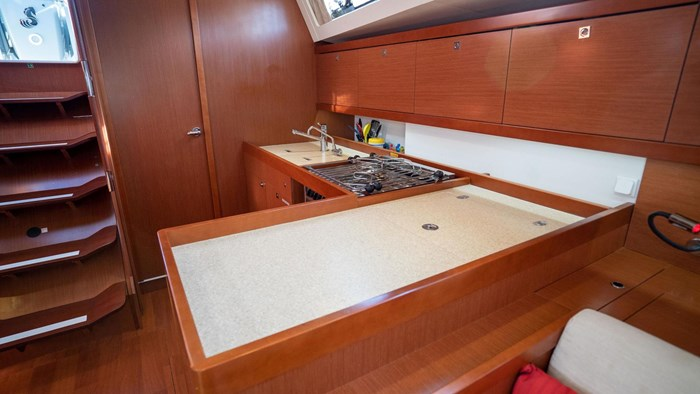 2013 Beneteau Oceanis Photo 76 sur 94