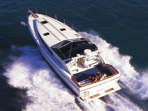 1989 Sea Ray 390 Express Cruiser Photo 1 sur 20
