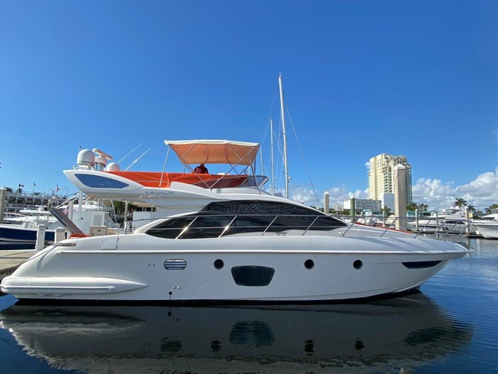 2009 Azimut Flybridge Photo 5 sur 75