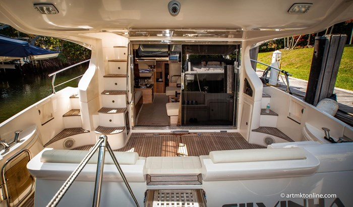 2009 Azimut Flybridge Photo 19 sur 75