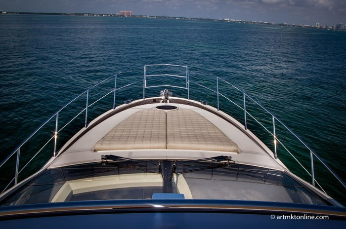 2009 Azimut Flybridge Photo 26 sur 75