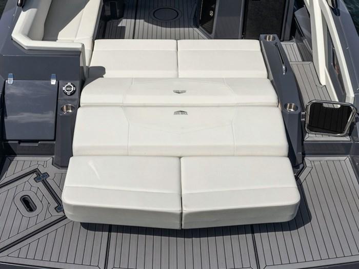 2022 Cruisers Yachts 338 Bowrider Photo 6 sur 14