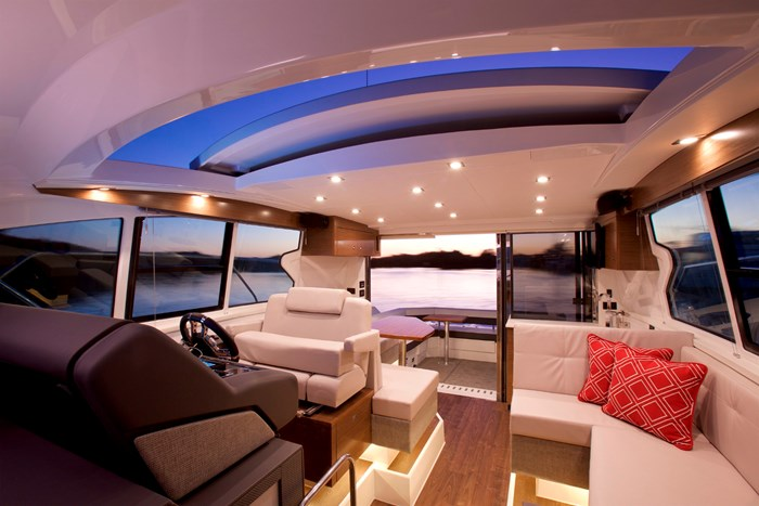 2022 Cruisers Yachts 42 Cantius Photo 2 sur 18