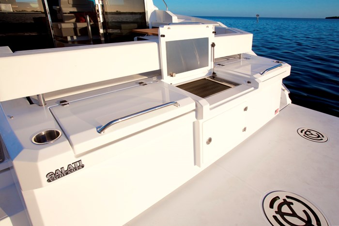 2022 Cruisers Yachts 42 Cantius Photo 10 sur 18