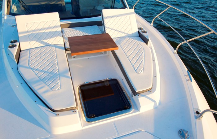 2022 Cruisers Yachts 42 Cantius Photo 17 sur 18