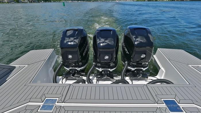 2022 Cruisers Yachts 42 GLS Photo 15 sur 38