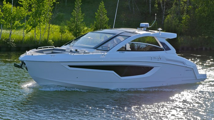 2022 Cruisers Yachts 42 GLS Photo 23 sur 38