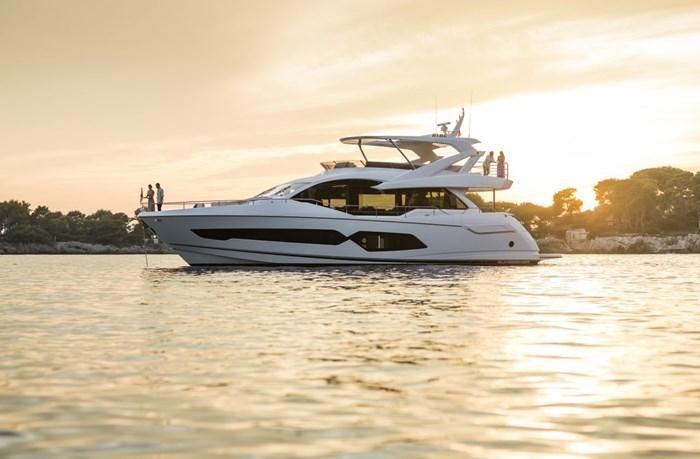 2021 Sunseeker 76 Yacht Photo 3 sur 22