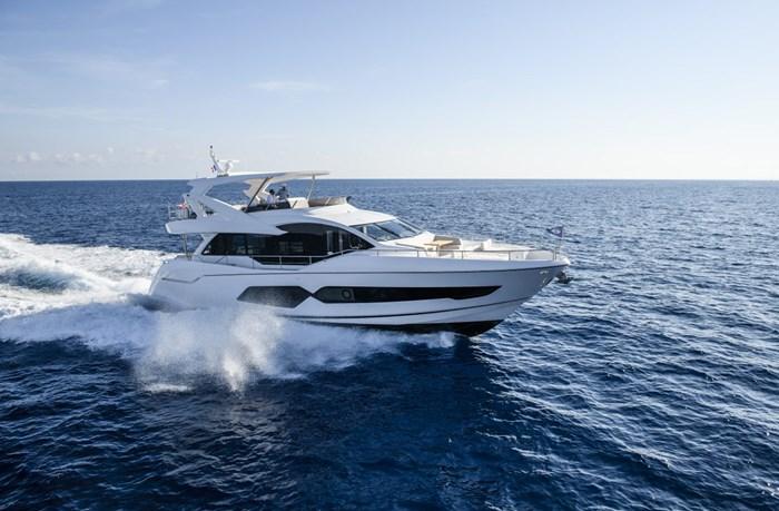 2021 Sunseeker 76 Yacht Photo 4 sur 22