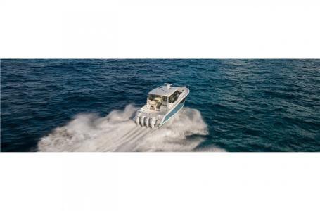 2021 Boston Whaler 405 Conquest Photo 3 sur 13