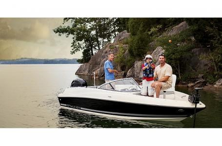 2021 Bayliner 170 Bowrider Photo 3 sur 6
