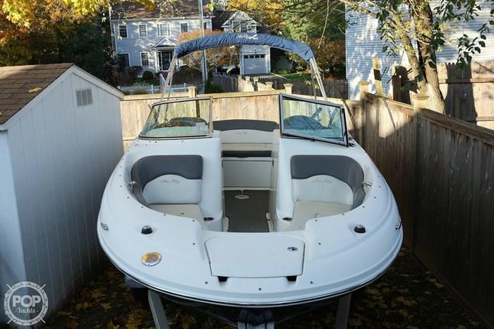 2011 Sea Ray 200 Sundeck Photo 4 sur 20