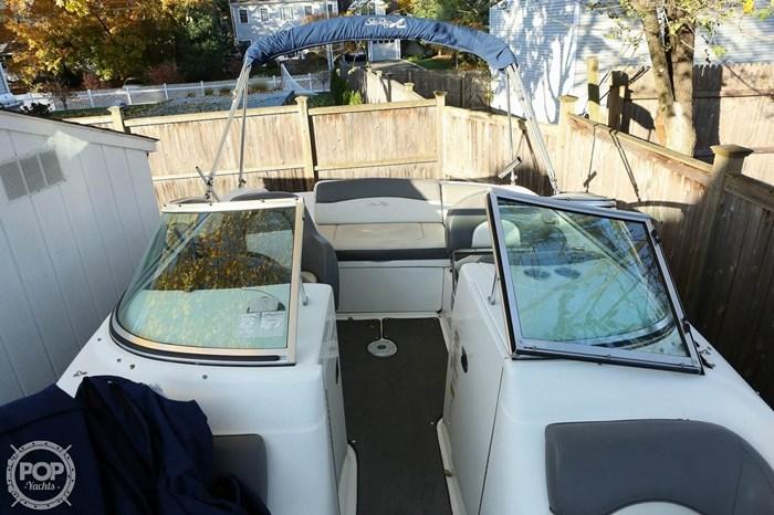 2011 Sea Ray 200 Sundeck Photo 19 sur 20