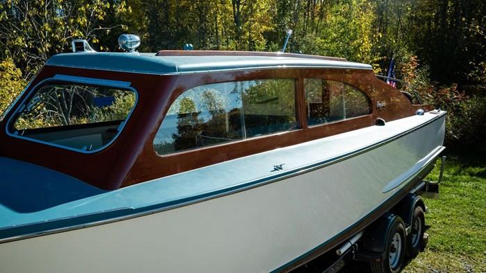 1948 Higgins Deluxe Sedan Cruiser Photo 35 sur 39