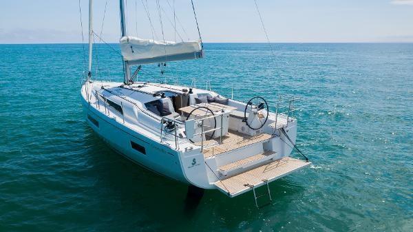 2021 Beneteau Oceanis 40.1 Photo 1 sur 16