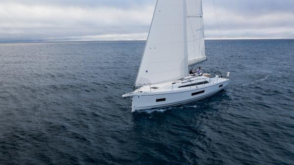 2021 Beneteau Oceanis 40.1 Photo 5 sur 16