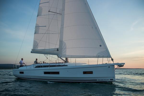 2021 Beneteau Oceanis 40.1 Photo 6 sur 16