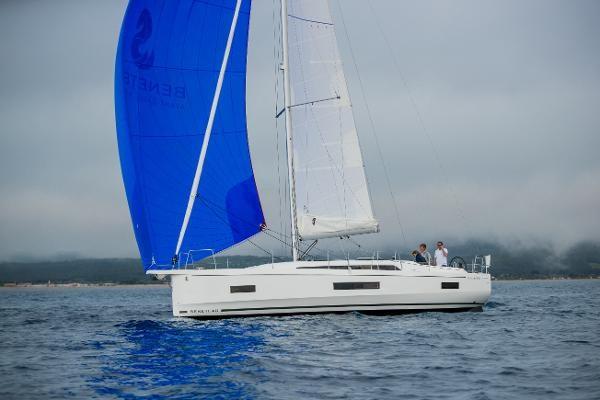 2021 Beneteau Oceanis 40.1 Photo 8 sur 16