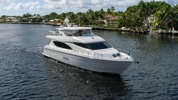 2012 Hatteras 80 Motor Yacht Photo 1 sur 31